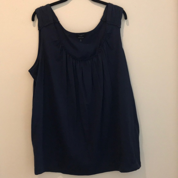 Talbots Tops - Talbots Woman Navy tank top
